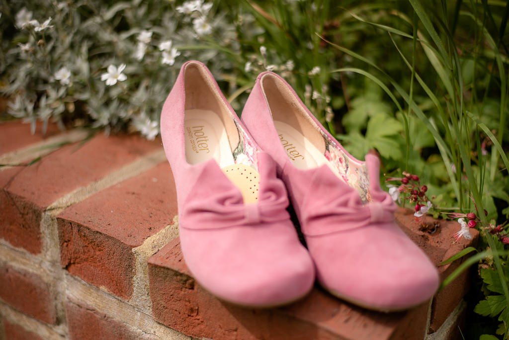 Comfortable wedding shoes in pink