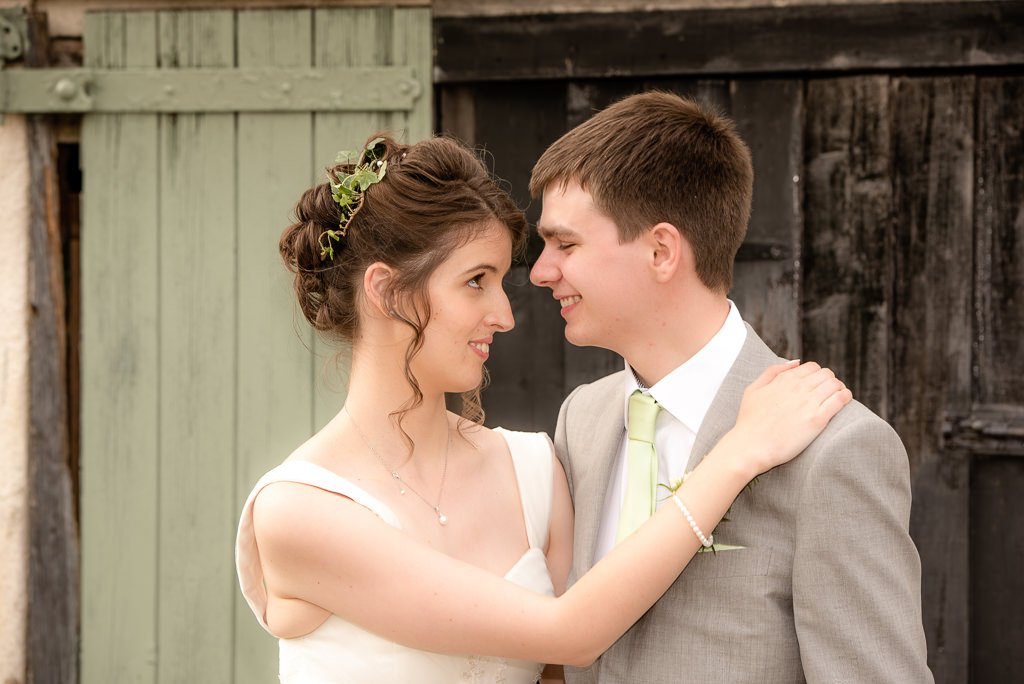 wedding photos at milling barn