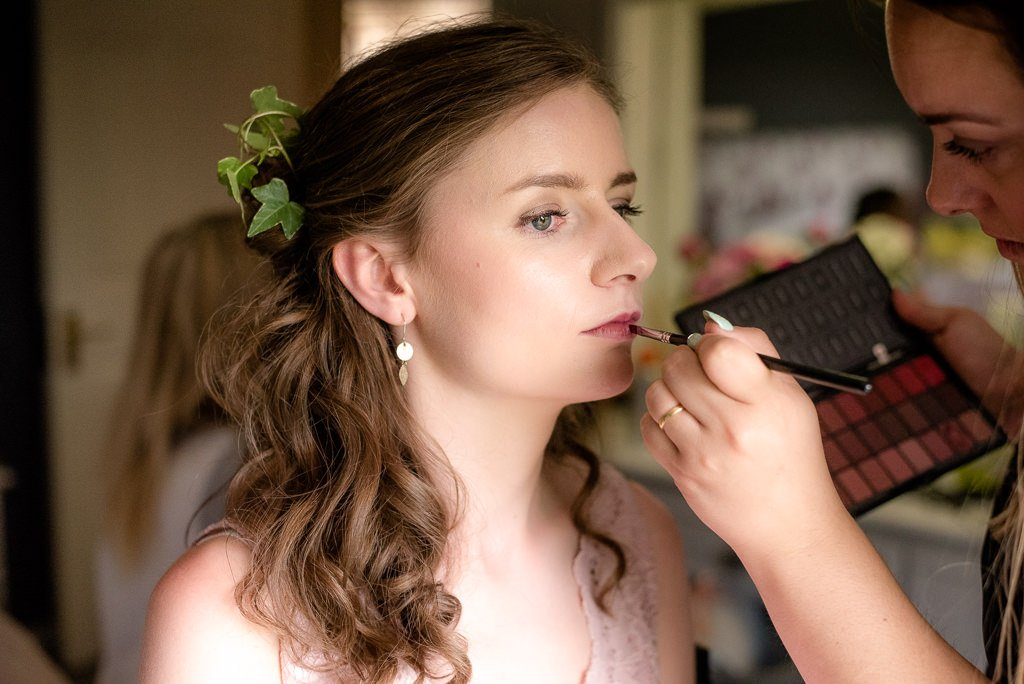 bridesmaid preparations