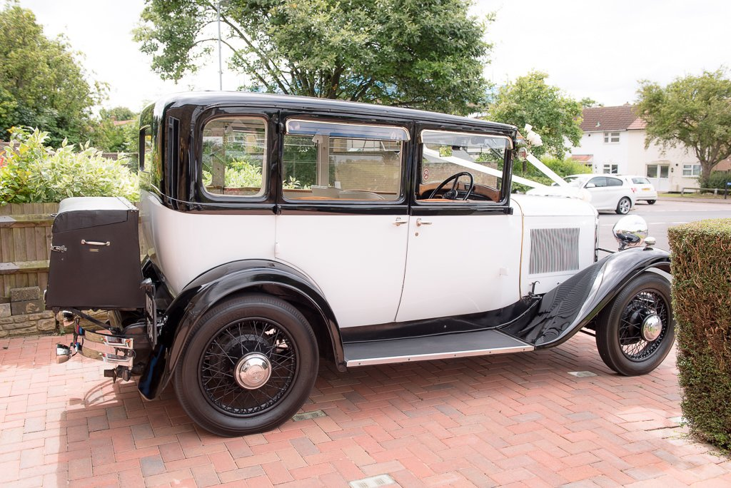 Wedding Car for travelling to Milling Barn