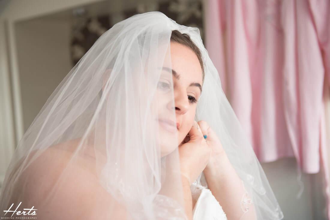 Weddings in Throcking