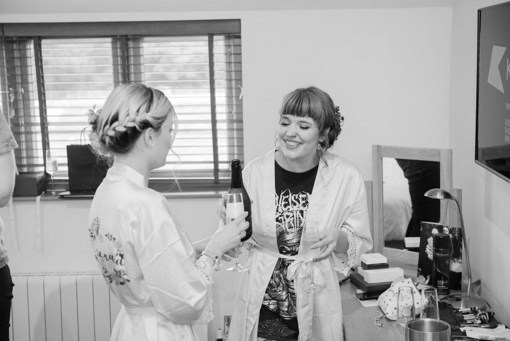 The bridal part enjoy prosecco