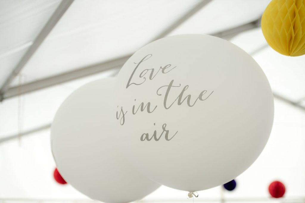 Love is in the air baloons
