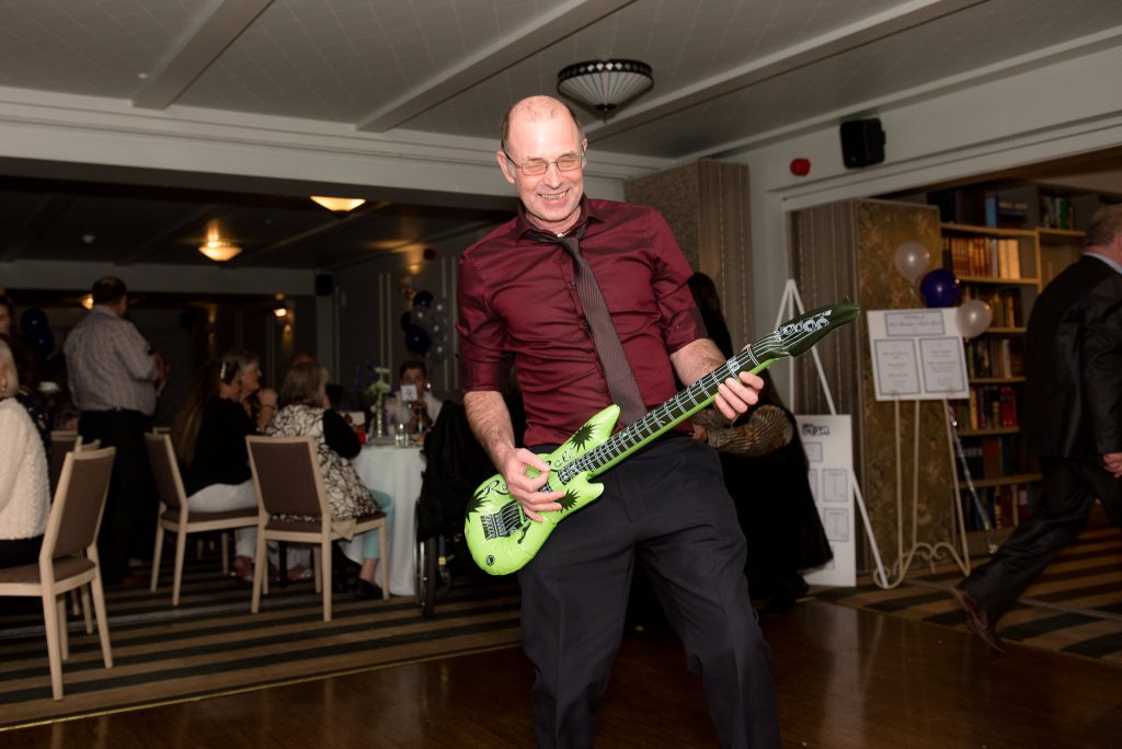 Guests have fun at a cromwell hotel wedding