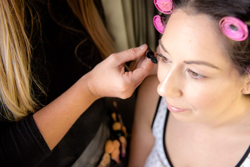 Eyeliner applied to the bride at the cromwell hotel