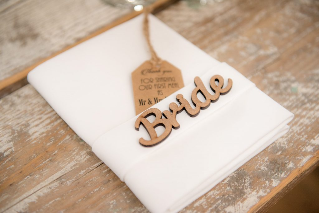 The bride table nameplace