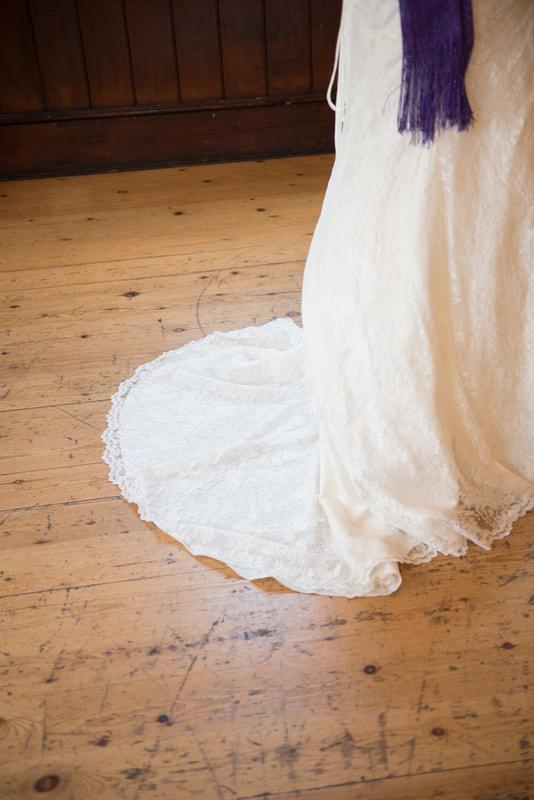 The details of the wedding dress
