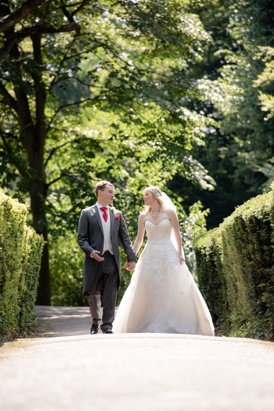 Natural Wedding Photography at Hertford Castle