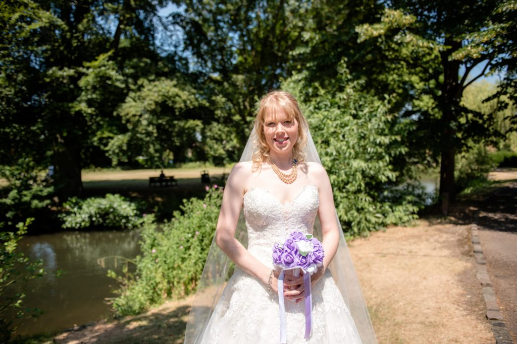 The bride in the grounds of hertford castle