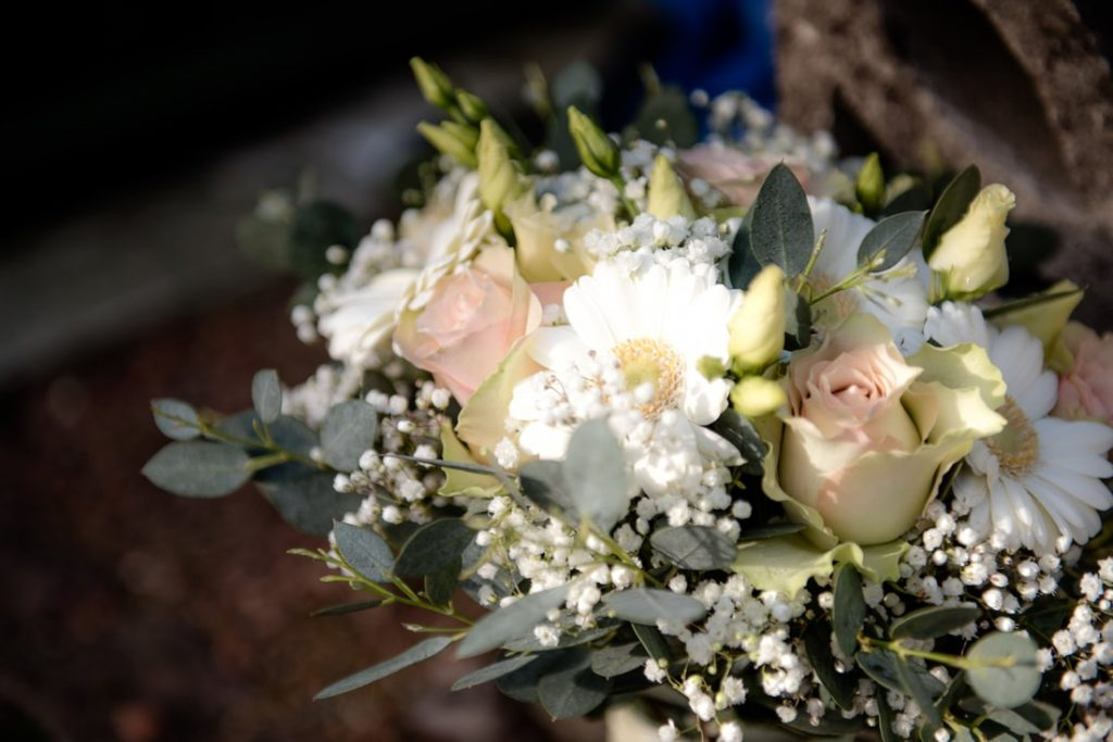 A bouquet of roses and flowers