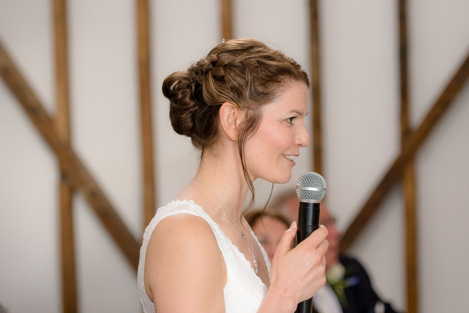 The bride delivering her speech and thanking guests