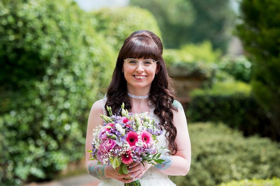 The bride arrives at Moreteyne Manor