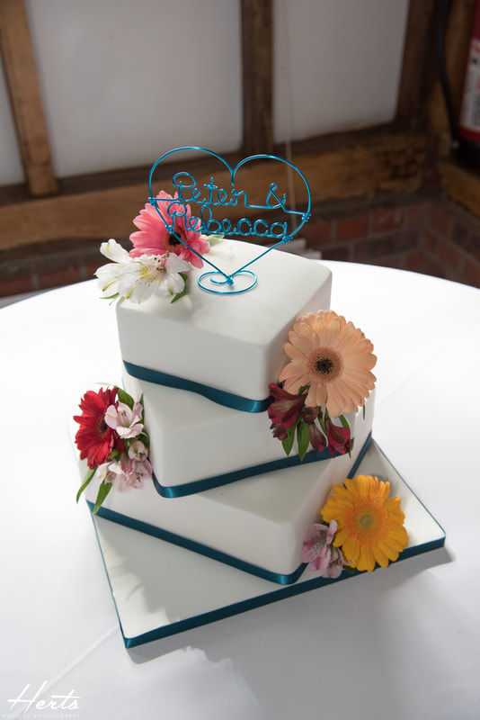 The wedding cake at milling barn