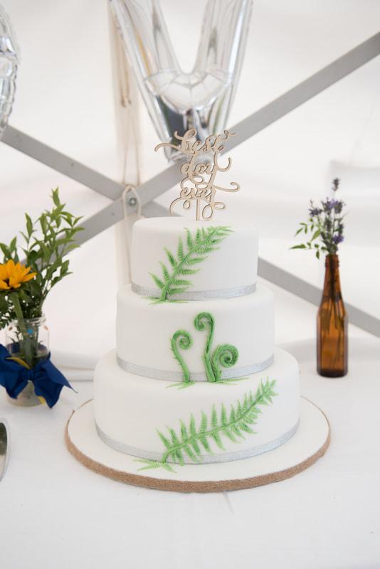 Wedding cake with new zealand