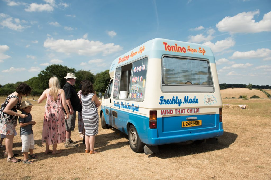 Wedding guests queue up for ice cream
