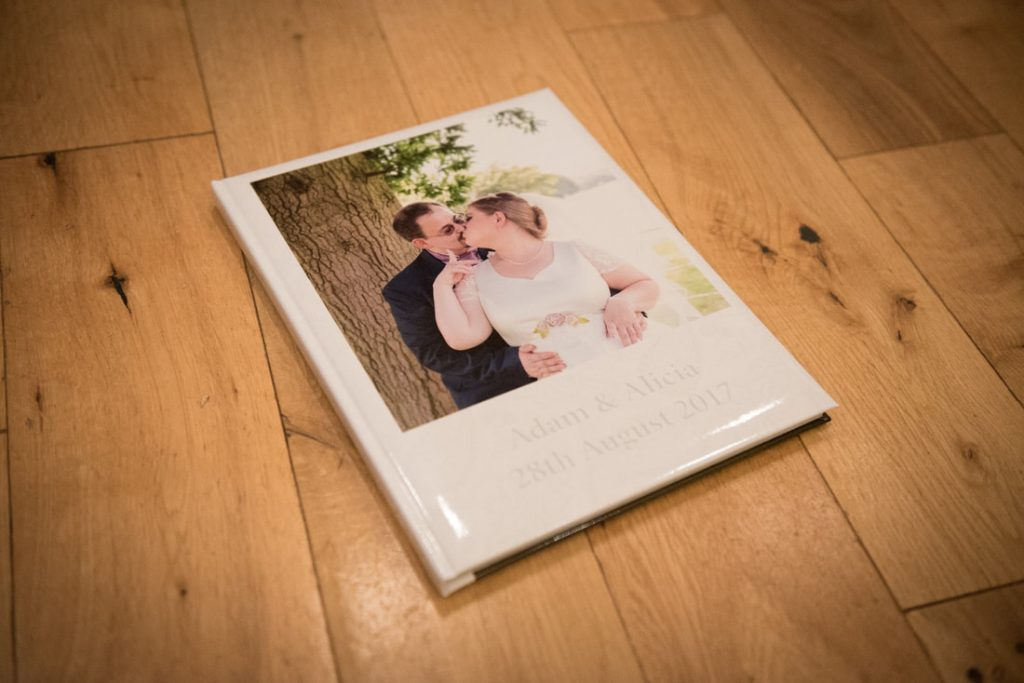 A photobook create with Saal