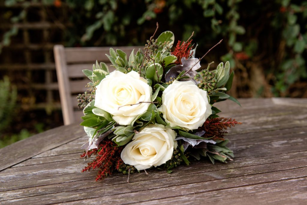 An winter wedding bouquet