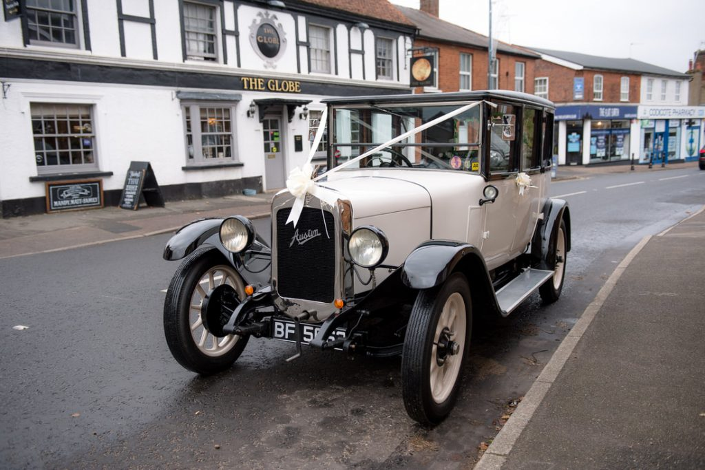 wedding car in wheathampstead